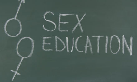 Educazione sessuale: cosa dice l'OMS?